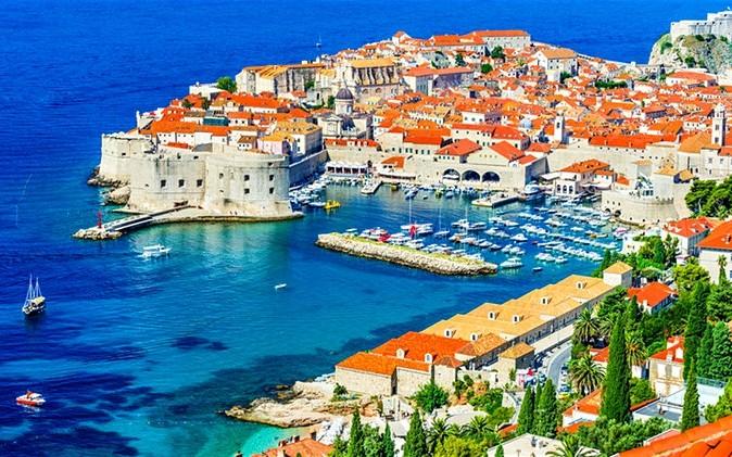 Изображение Хорватія – батьківщина далматинців та перших нудистських пляжів