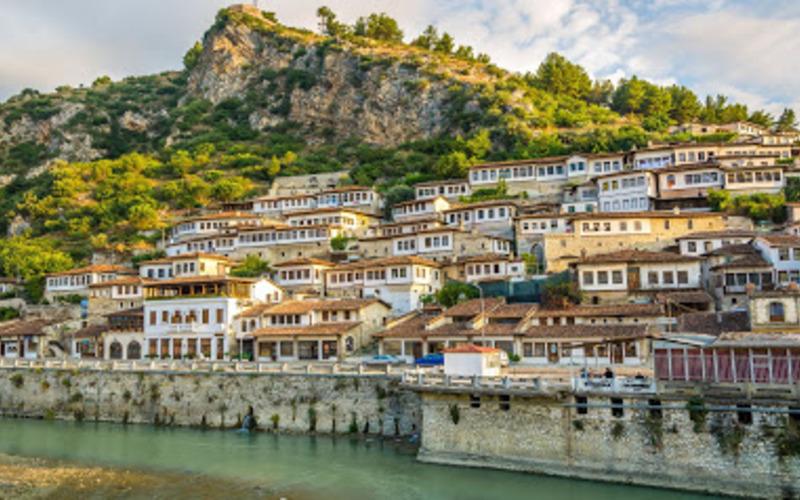 Зображення 3 Албанія