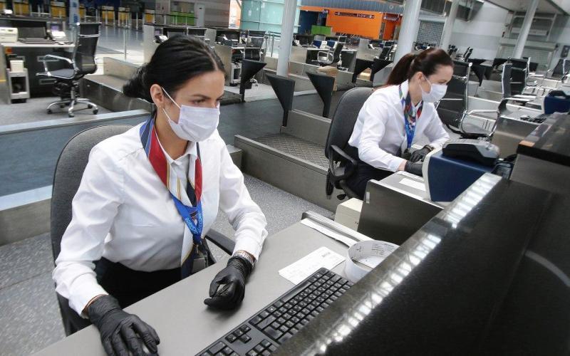 У МОЗ розповіли, чи повинні українці проходити тести на COVID-19 після повернення з-за кордону
